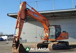 DOOSAN DX255LC tracked excavator